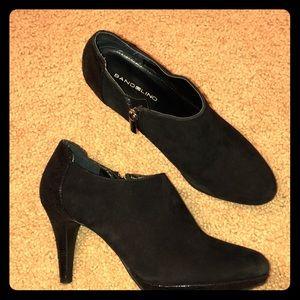 Bandolinos black booties
